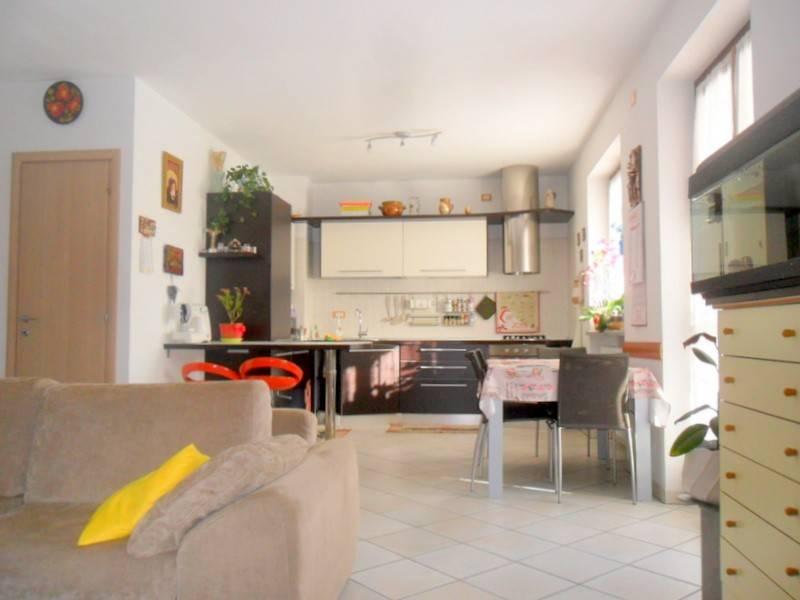 Appartamento arredato in vendita Rif. 9149680