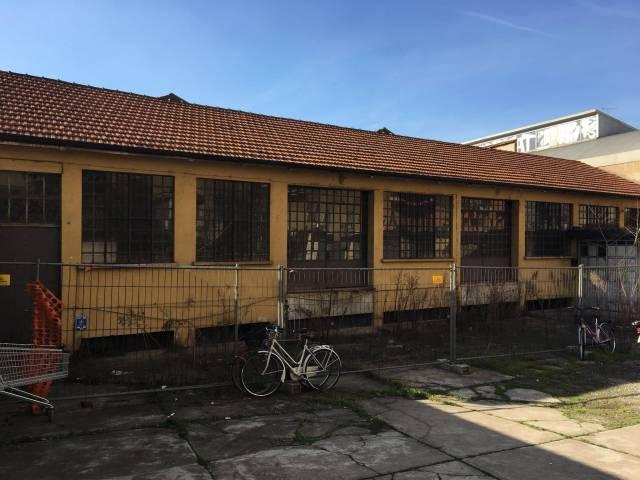 Laboratorio in Vendita a Milano 25 Cassala / Famagosta / Lorenteggio / Barona: 5 locali, 377 mq