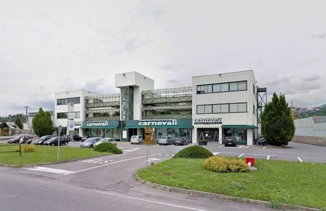 Ufficio in vendita a Curno
