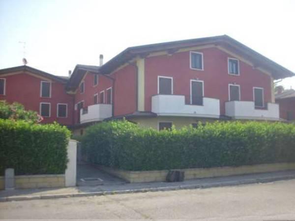 Appartamento in buone condizioni in vendita Rif. 5385966
