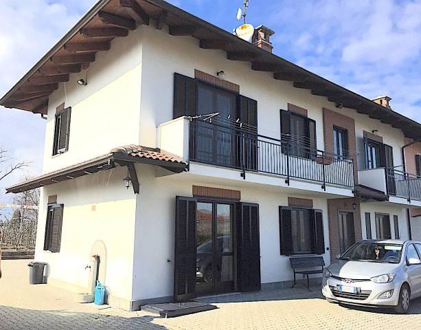 Rustico / Casale in vendita a Campiglione-Fenile, 5 locali, prezzo € 270.000 | CambioCasa.it