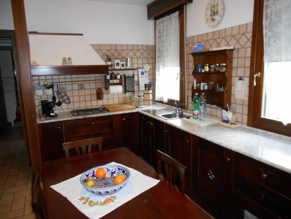 Villa in ottime condizioni in vendita Rif. 8900428