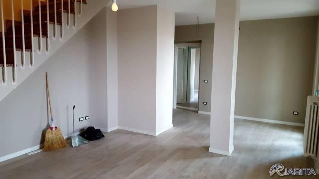 Appartamento in Vendita a Podenzano Centro: 3 locali, 99 mq
