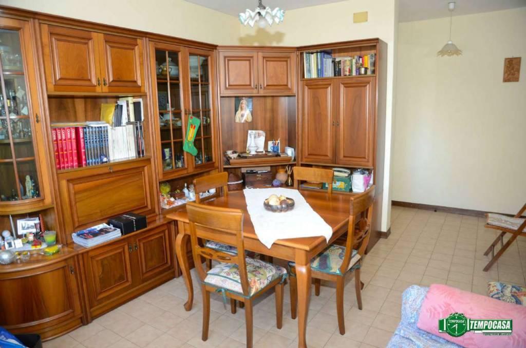 Appartamento in vendita a Settimo Torinese, 2 locali, prezzo € 53.000 | CambioCasa.it