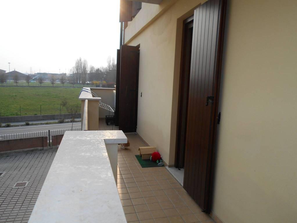 Appartamento in buone condizioni in vendita Rif. 8900438