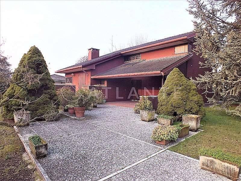 Villa in Vendita a Castelbelforte