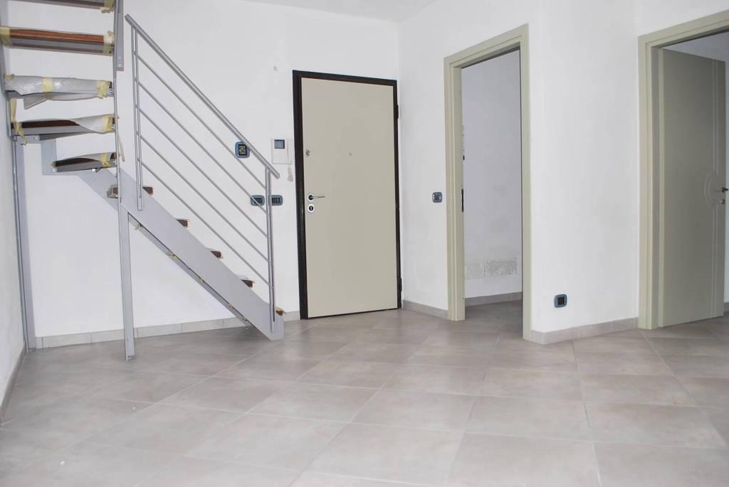 Appartamento in vendita a Alba, 4 locali, prezzo € 245.000 | PortaleAgenzieImmobiliari.it