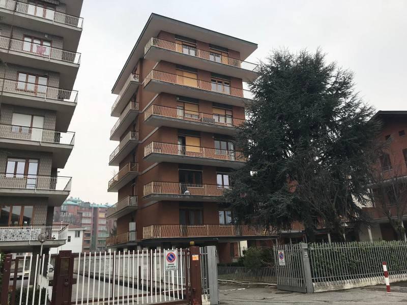 Cessione attività in vendita via Generale Antonio Cantore Collegno