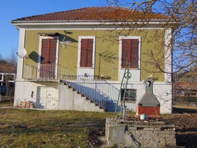Villa in vendita a Incisa Scapaccino, 3 locali, prezzo € 105.000 | CambioCasa.it