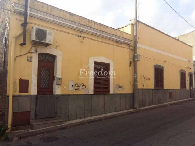 Appartamento 6 locali in vendita a Gravina di Catania (CT)