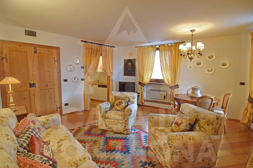 Appartamento in ottime condizioni arredato in vendita Rif. 5414157