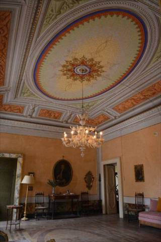 Appartamento 6 locali in vendita a Recanati (MC)