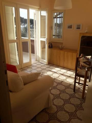 Appartamento in buone condizioni arredato in affitto Rif. 5426803