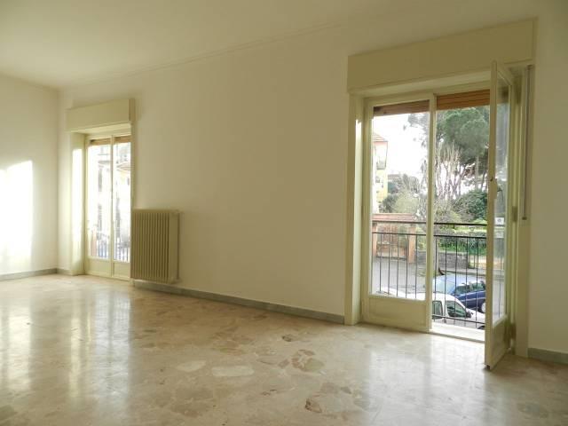 Appartamento in buone condizioni in vendita Rif. 5400198