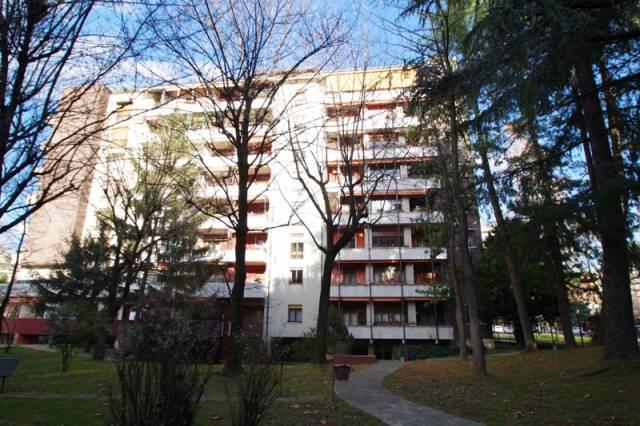 Appartamento in buone condizioni in vendita Rif. 5557939
