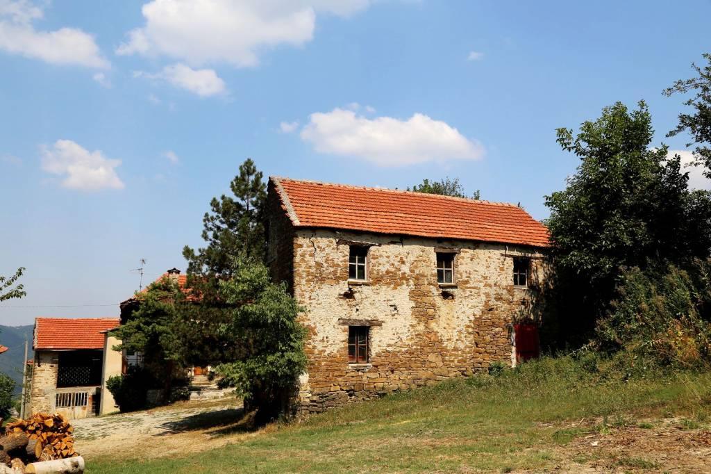 Rustico / Casale in vendita a Prunetto, 5 locali, prezzo € 75.000 | PortaleAgenzieImmobiliari.it