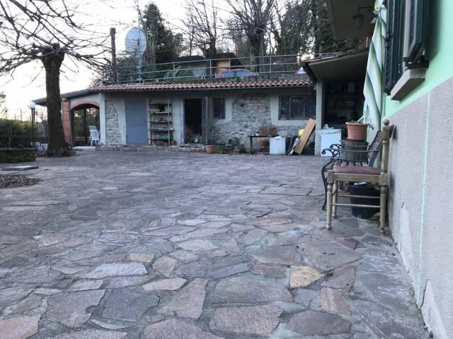 Appartamento 5 locali in vendita a Pistoia (PT)