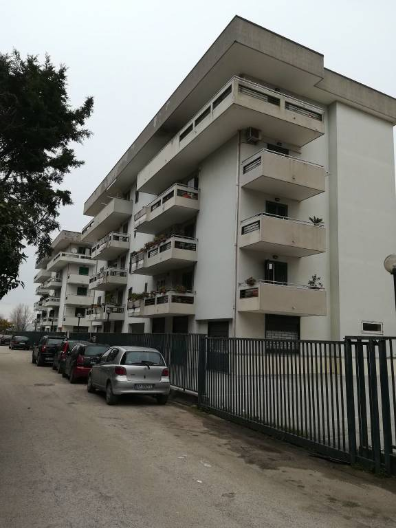 Appartamento in buone condizioni in vendita Rif. 5554241