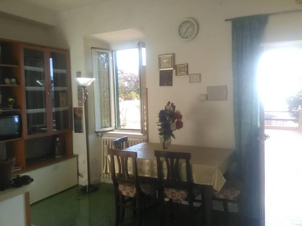 Appartamento in buone condizioni arredato in affitto Rif. 8204390