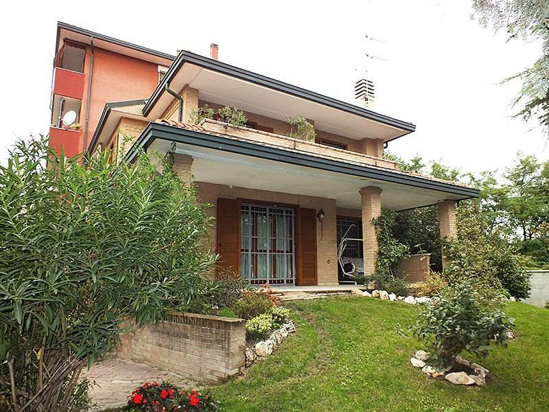 Villa in ottime condizioni in vendita Rif. 5539903