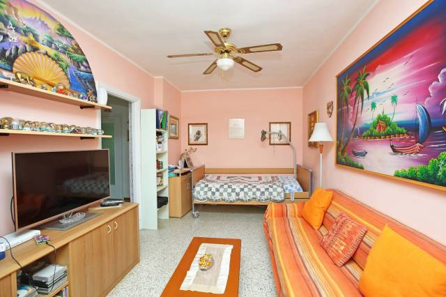 Appartamento in buone condizioni in vendita Rif. 5565955