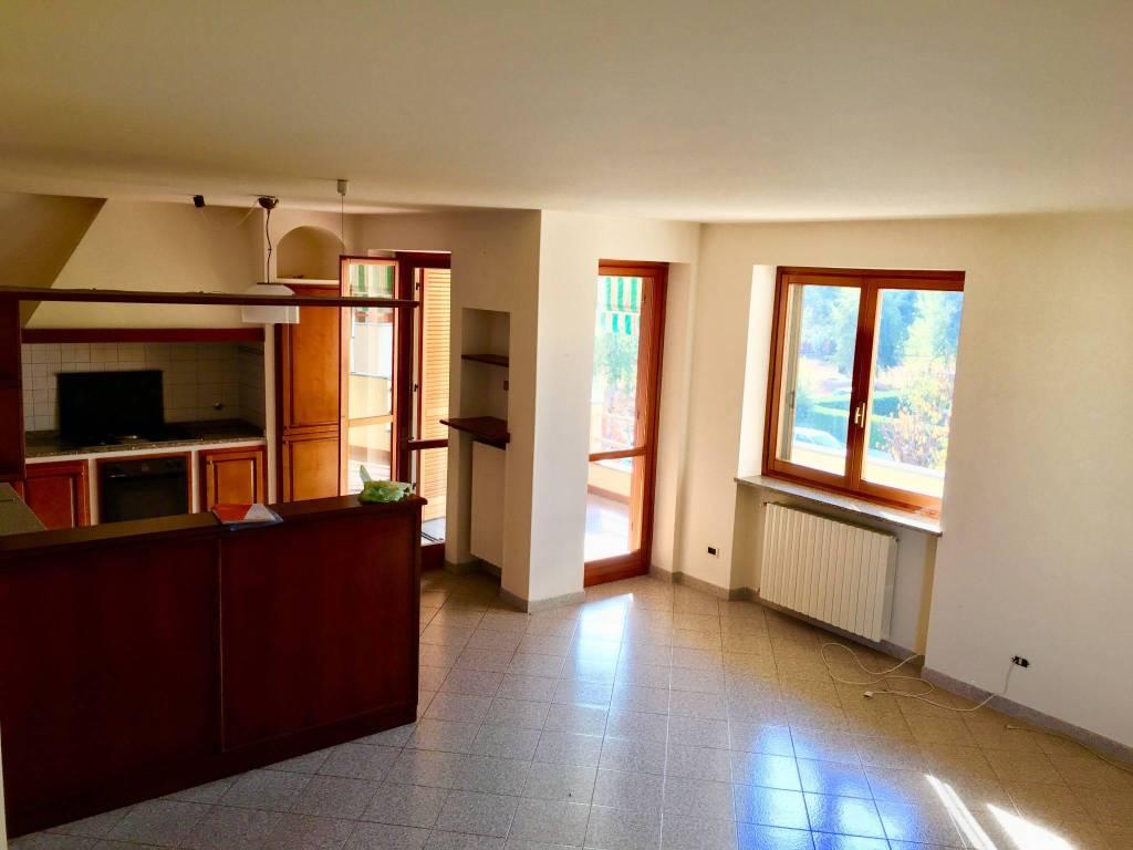 Foto 1 di Appartamento via Giacomo Matteotti 4, Cherasco