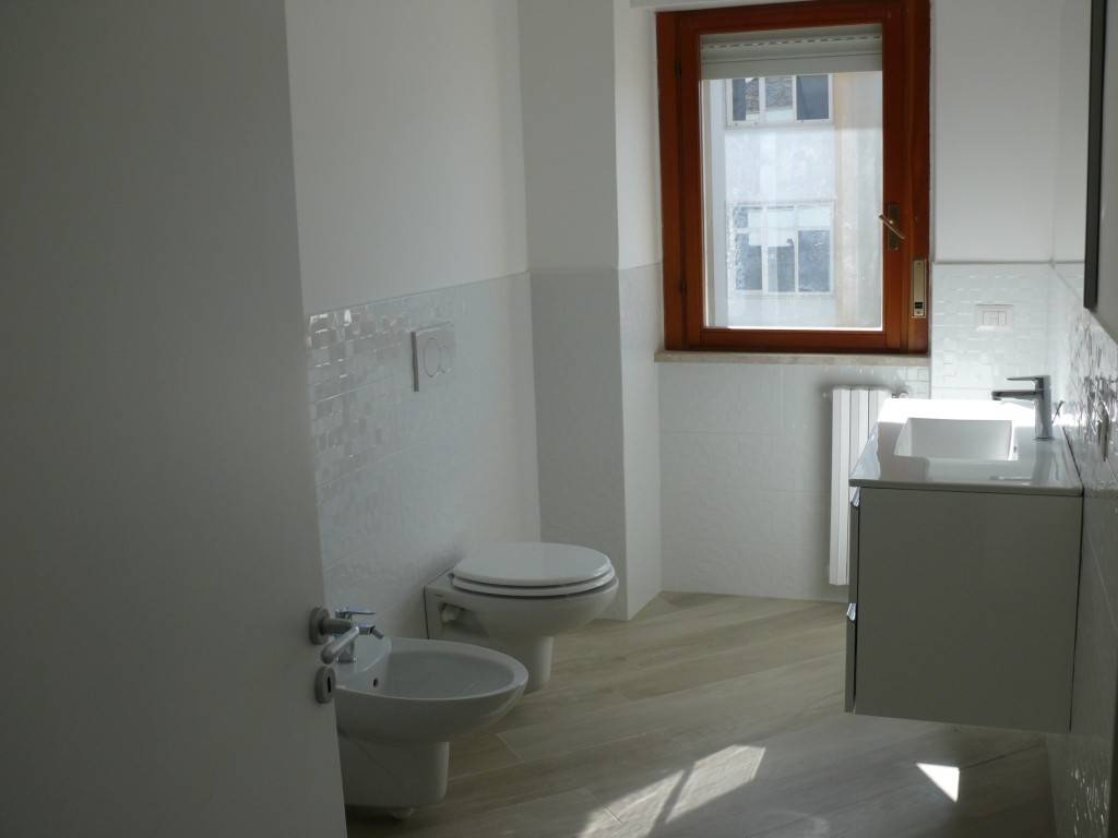 Appartamento ristrutturato zona Q5, foto 10
