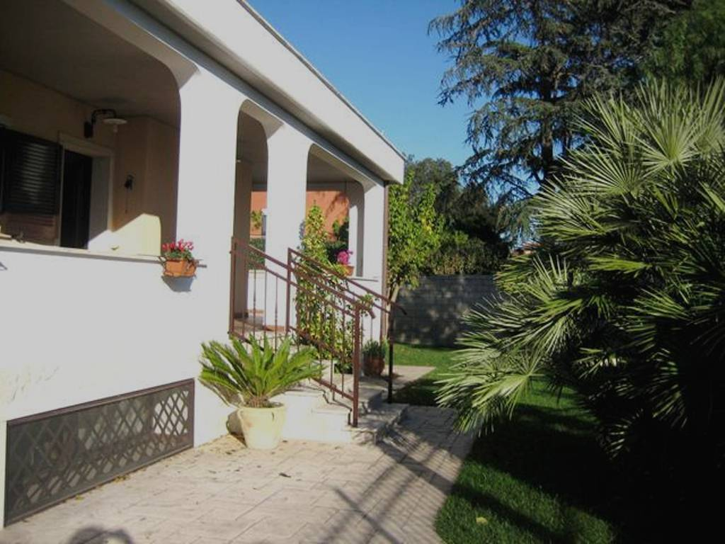 Villa a Roma in Vendita