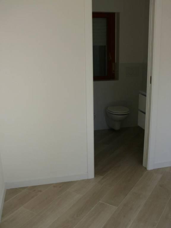 Appartamento ristrutturato zona Q5, foto 7