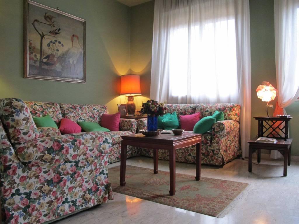 Appartamento in Vendita a Pistoia Centro: 4 locali, 97 mq
