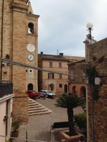 Appartamento trilocale in vendita a Massignano (AP)