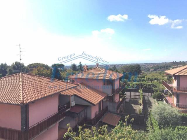 Appartamento in Vendita a Trecastagni Centro: 3 locali, 95 mq
