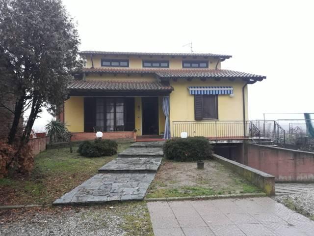Villa 5 locali in vendita a Pezzana (VC)