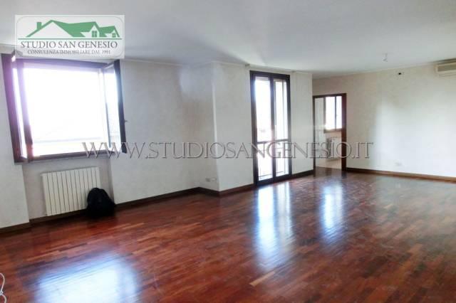 Appartamento quadrilocale in vendita a Pavia (PV)