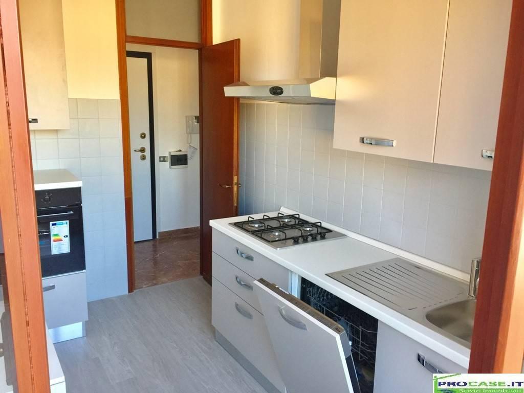 Appartamento in affitto a Saronno, 1 locali, prezzo € 500 | CambioCasa.it