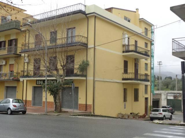 Appartamento 6 locali in vendita a Gioiosa Ionica (RC)