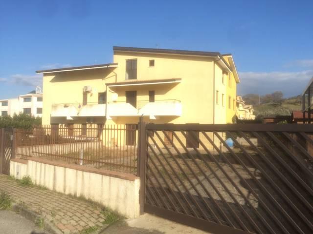 Villa a schiera 5 locali in affitto a San Floro (CZ)