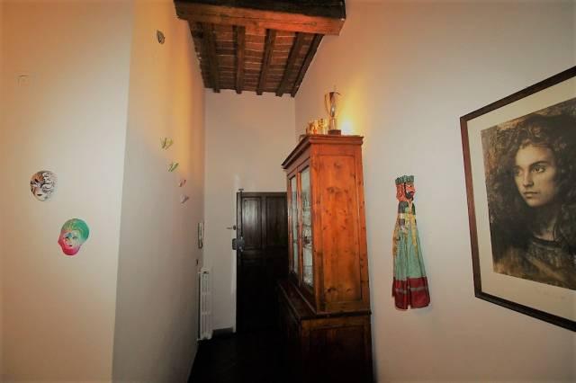 Appartamento 5 locali in vendita a Montevarchi (AR)