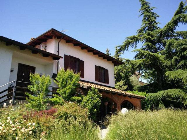 Villa in vendita a Pietra Marazzi, 5 locali, prezzo € 45.000 | CambioCasa.it