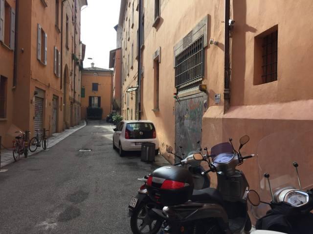 Appartamento in vendita 3 vani 109 mq.  vicolo dell'Orto 3 Bologna