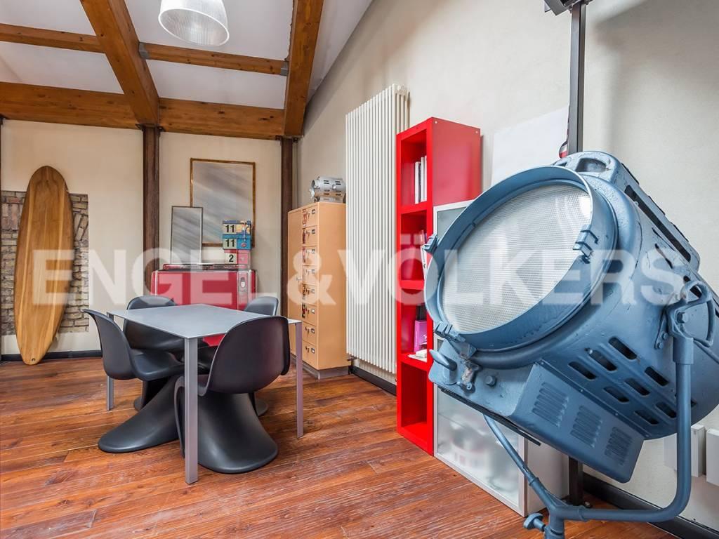 Loft open space di lusso in vendita a roma via vittor for Loft affitto roma
