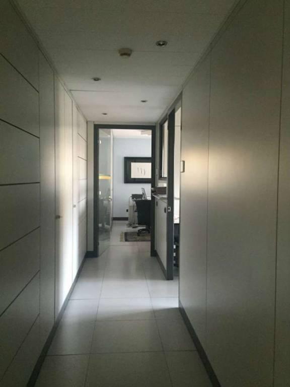Ufficio / Studio in vendita a Lodi, 9 locali, prezzo € 580.000 | CambioCasa.it