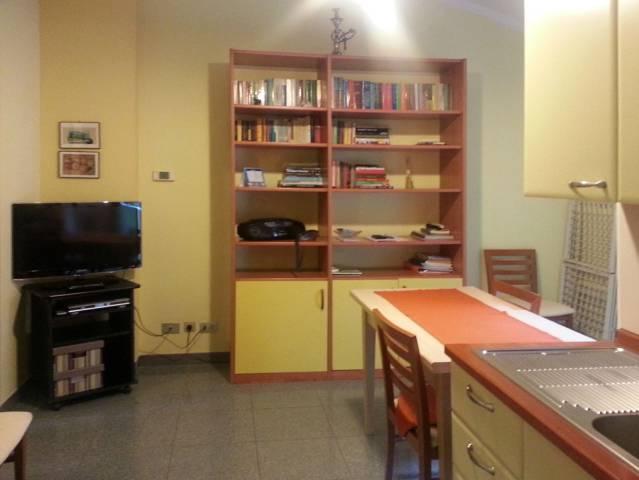 Appartamento in vendita 3 vani 80 mq.  via Giuseppe Massarenti 223 Bologna