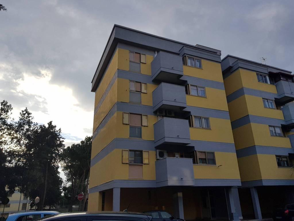 Appartamento in buone condizioni in vendita Rif. 7785384