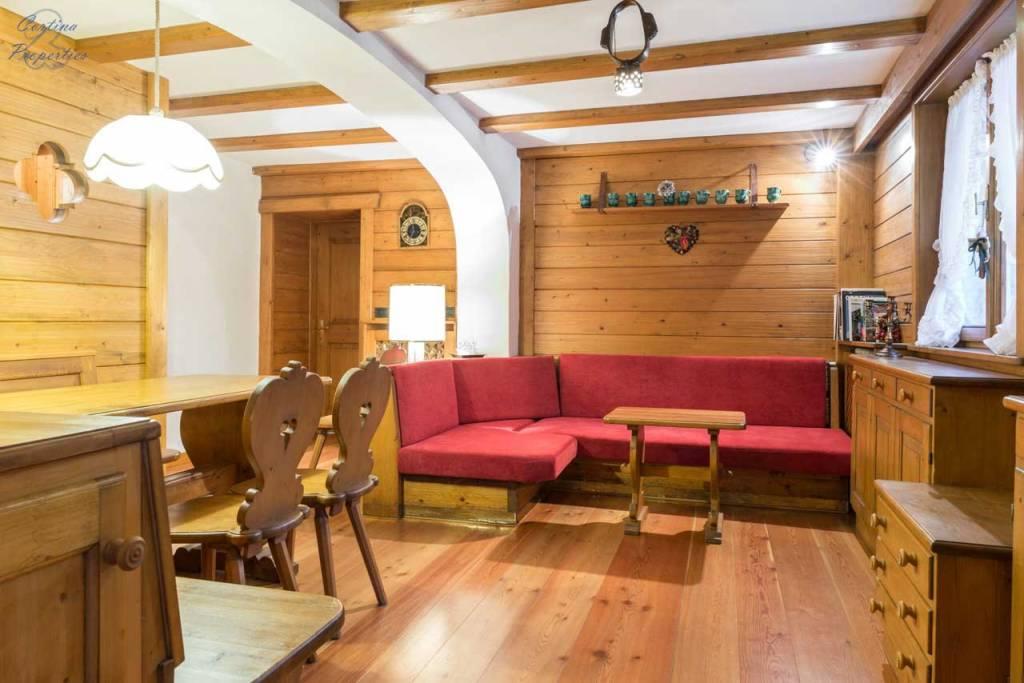 Appartamento in buone condizioni arredato in vendita Rif. 8286248