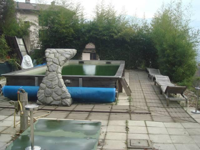 Appartamento in ottime condizioni parzialmente arredato in vendita Rif. 5622919