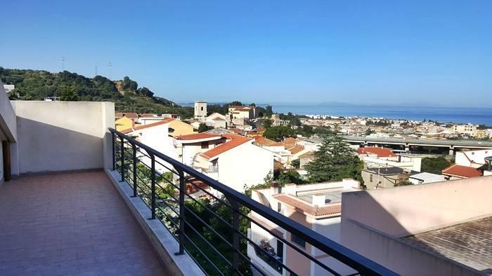 Attico / Mansarda in vendita a Villafranca Tirrena, 3 locali, prezzo € 120.000 | PortaleAgenzieImmobiliari.it