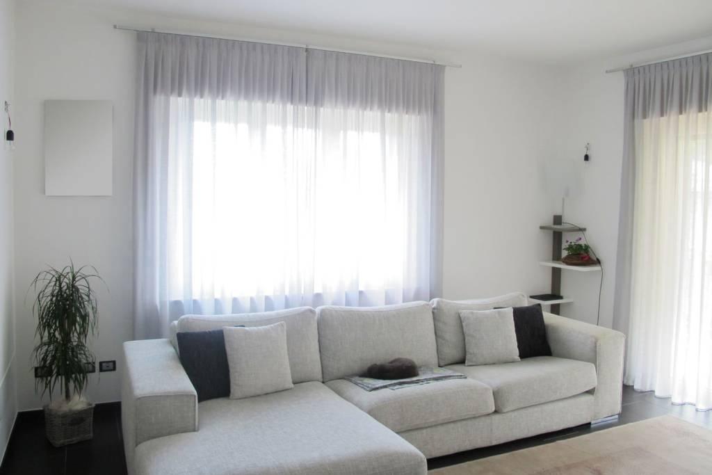 Appartamento in ottime condizioni in vendita Rif. 5570792