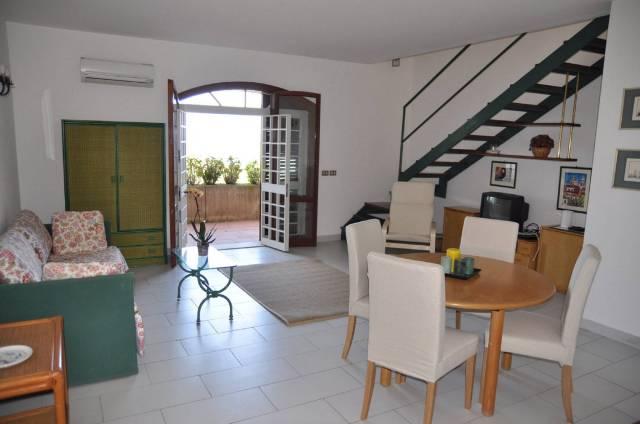 Appartamento in Affitto a Acireale Semicentro: 3 locali, 85 mq
