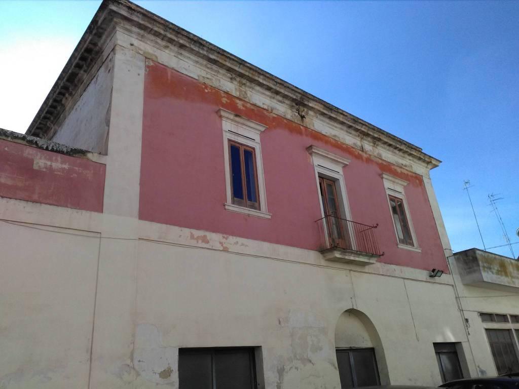 Stabile / Palazzo in vendita Rif. 7833410
